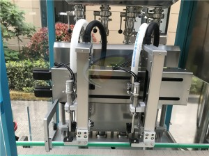 Automatic hand sanitizer liquid filling machine,hand sanitizer 2l filling capping machine
